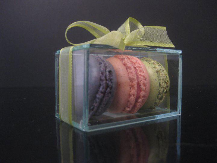 Lamponi Macarons