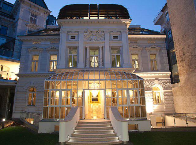 Beispiel: Ansicht bei Nacht, Foto: Palais Sanssouci.