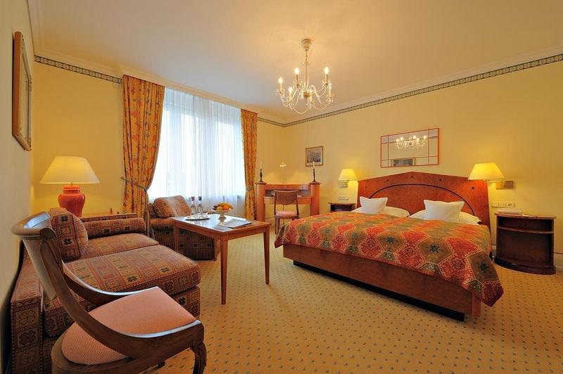 Beispiel: Superior Zimmer, Foto: Grandhotel Hessischer Hof.
