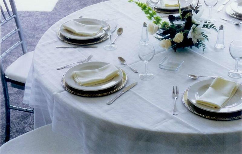 Banquetes distintivos y renta de mobiliario  para bodas en Monterrey - Foto Honorio Sada
