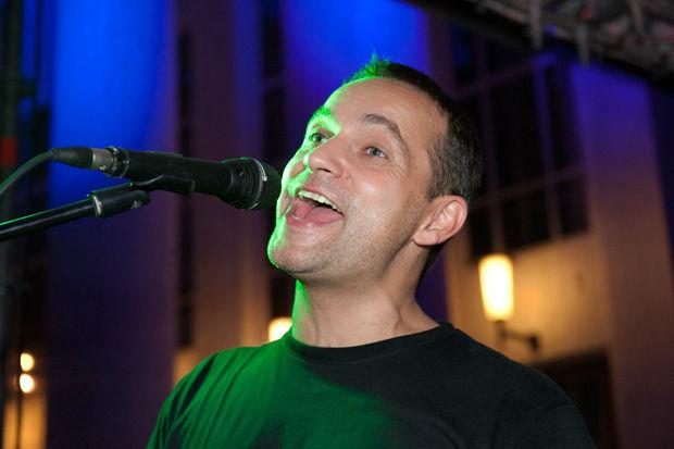 Beispiel: Eine Stimme die begeistert, Foto: Dirk Baumbach Live.
