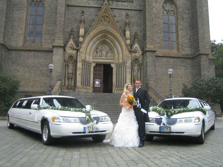 Beispiel: Stretchlimousine für Ihren Hochzeitstag, Foto: Funcars Süd.