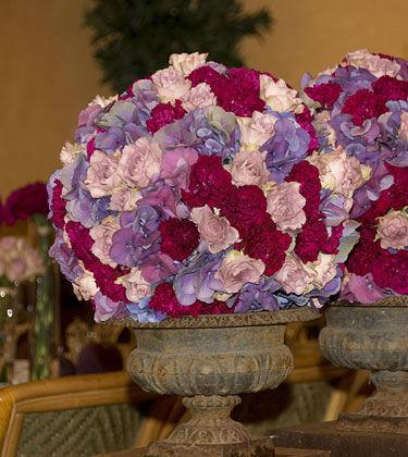 Beispiel: Festliche Blumenarrangements, Foto: Himmel und Erde.