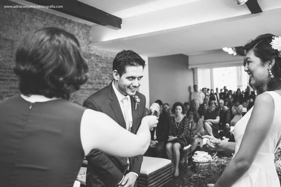 Casamento Patrícia e Pedro. Celebração: Babi Nascimento | Foto: Adriana e Patricia Fotografia.