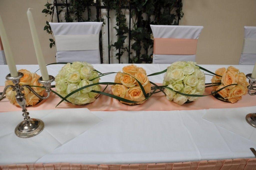 Beispiel: Tischdekoration, Foto: Toifl Blumen.