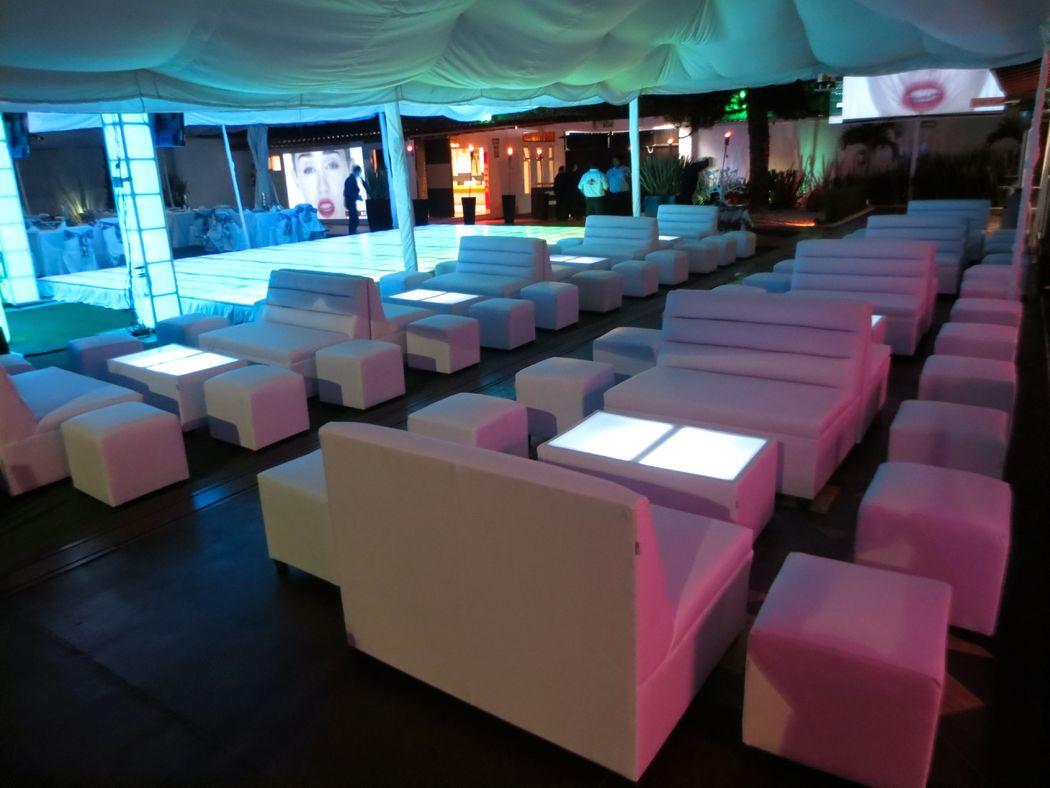 Salas Lounge Incluidas!
