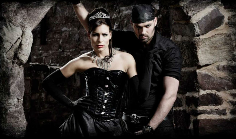 Beispiel: Black Wedding Dress, Foto: Lucardis Feist.