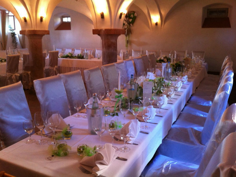 Beispiel: Hochzeitstafel, Foto: Denkmalhof Schlagwitz.