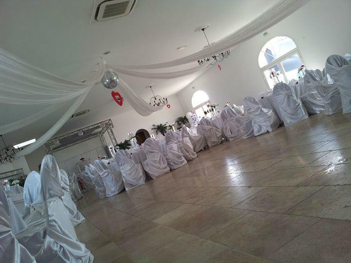 Salle de Réception - Mas Des Aureliens