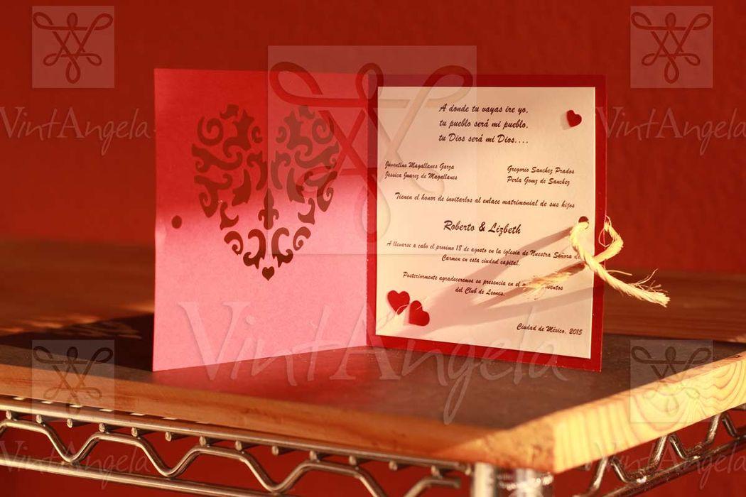 Vintangela: Invitaciones de bodas te presenta este modelo libro de corazon, ubicados en Cuernavaca pero envian a todo el país.
