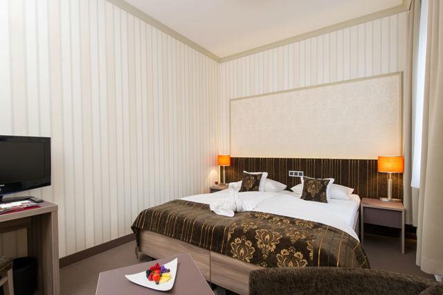 Beispiel: Doppelzimmer, Foto: Romantik Hotel Dorotheenhof.