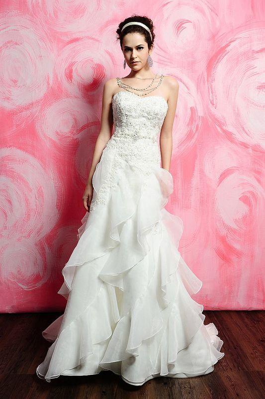 Vestido importado talla 40/42 color ivory