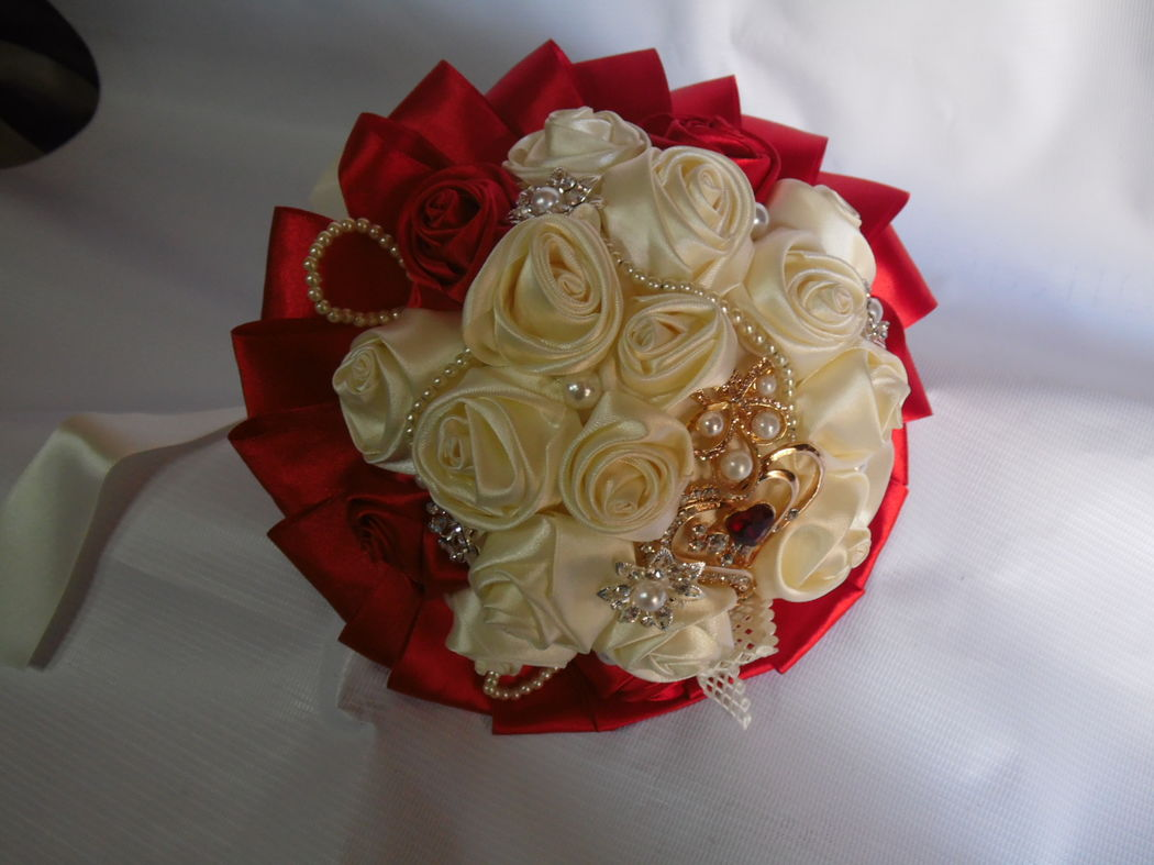 ramo de novia hecho de tela