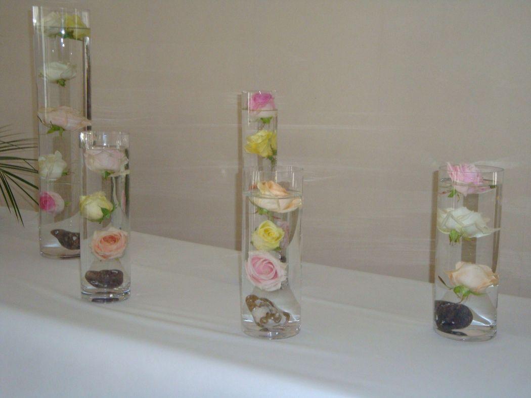 Roses coulées pour buffet