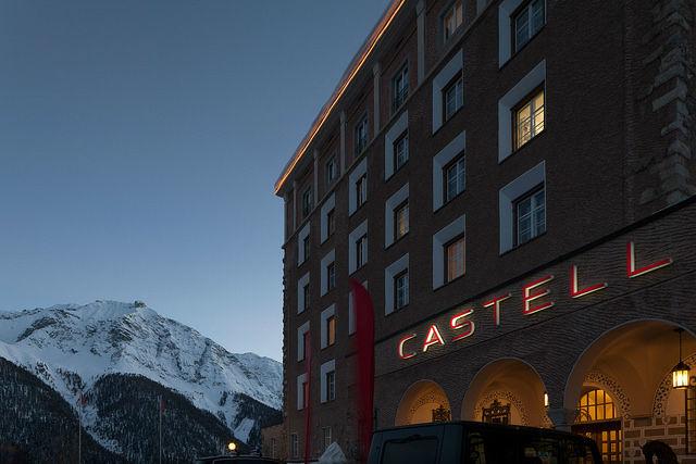 Beispiel: Aussenansicht am Abend, Foto Hotel Castell.