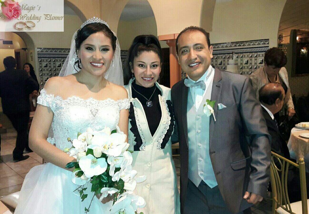 En la boda de mis novios Wendy y Carlos. Iglesia: #elbuenpastorgoodshepherd Locacion y Catering: #acenespar  Fotografia y Video: #salvatore