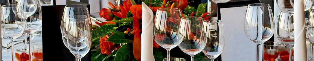Beispiel: Gedeckter Tisch, Foto: Cook & More Services.