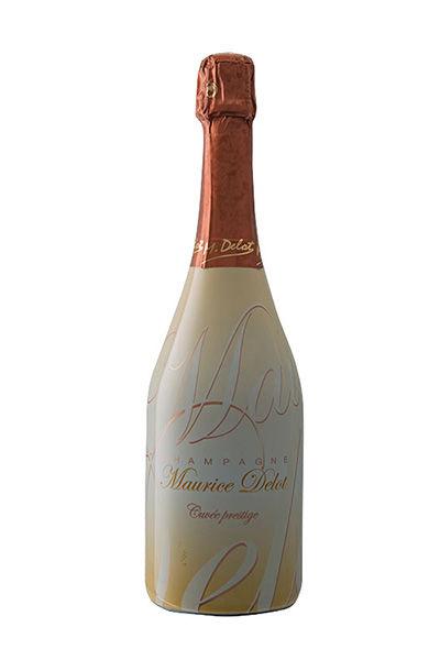 Brut Prestige 70% pinot noir et 30% chardonnay. Assemblage joyeux, fin et profond qui sait rester frais et léger en bouche.