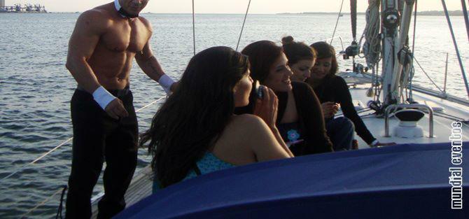 Foto: Mundial Eventos ® – Festas à sua medida ®: Festas em embarcações com animação a bordo