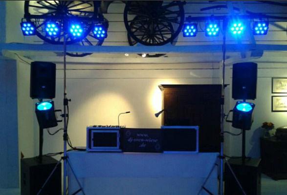 Beispiel: Ton- und Lichttechnik, Foto: DJ Sven Wiese.