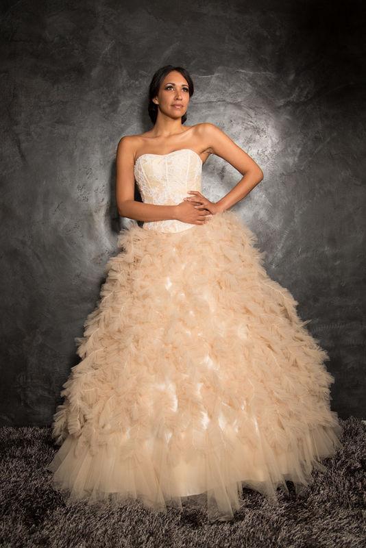 White Dress Modèle Clivia  www.whitedress.lu