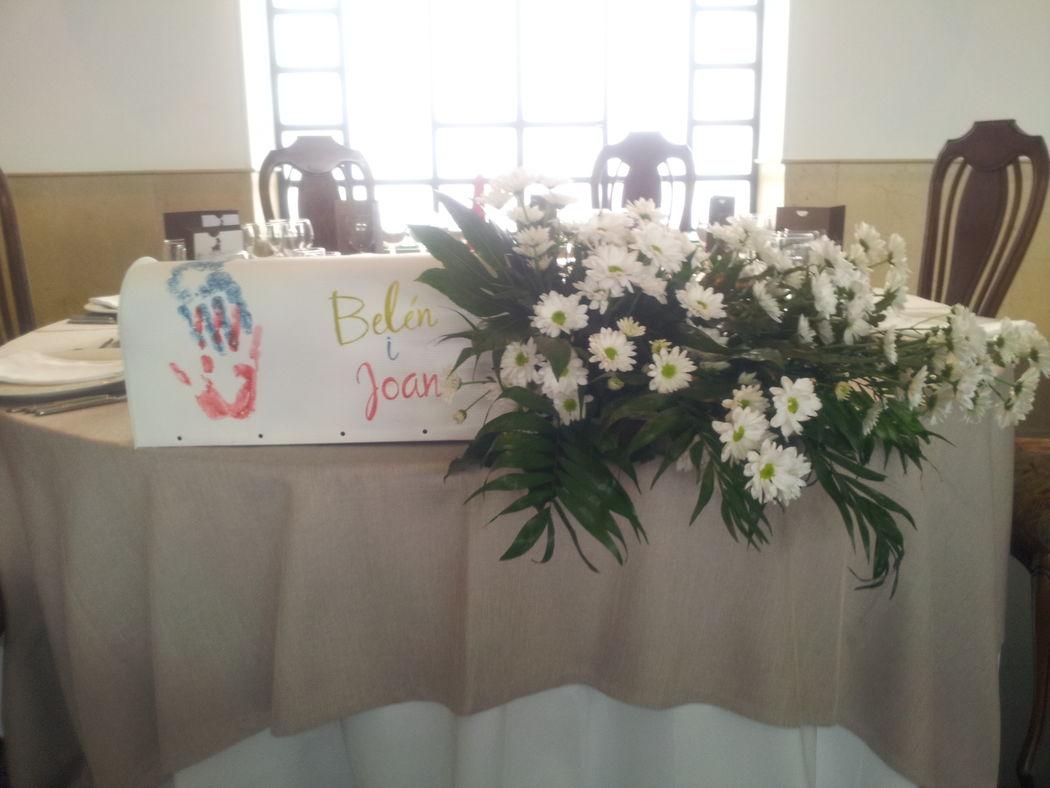 Centro de mesa de los novios boda Up
