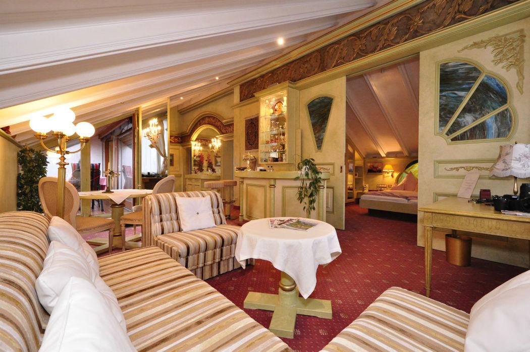 Beispiel: Suite, Foto: AKZENT Hotel Altdorfer Hof.