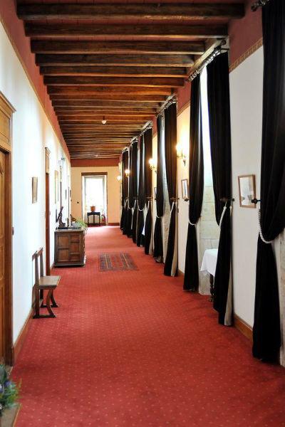 Couloir chambres supérieures