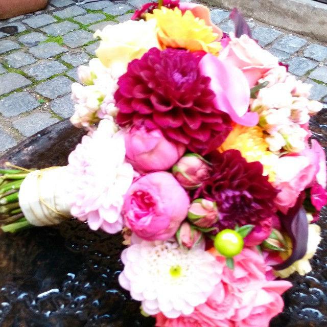 Beispiel: Brautstrauss, Foto: Saltoflorale.
