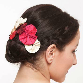 Beispiel: Ihr individueller Haarschmuck, Foto: JAAP Accessoires.