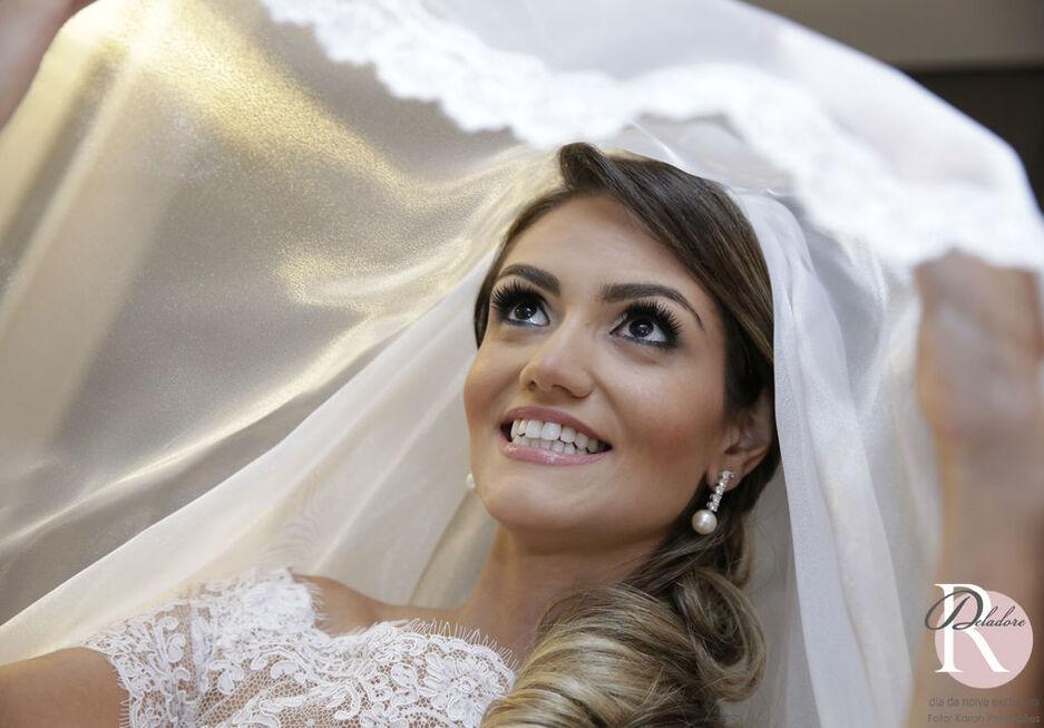 Noiva: Bianca Beleza: Dia da Noiva Exclusivo por Ro Deladore Foto: Kadron