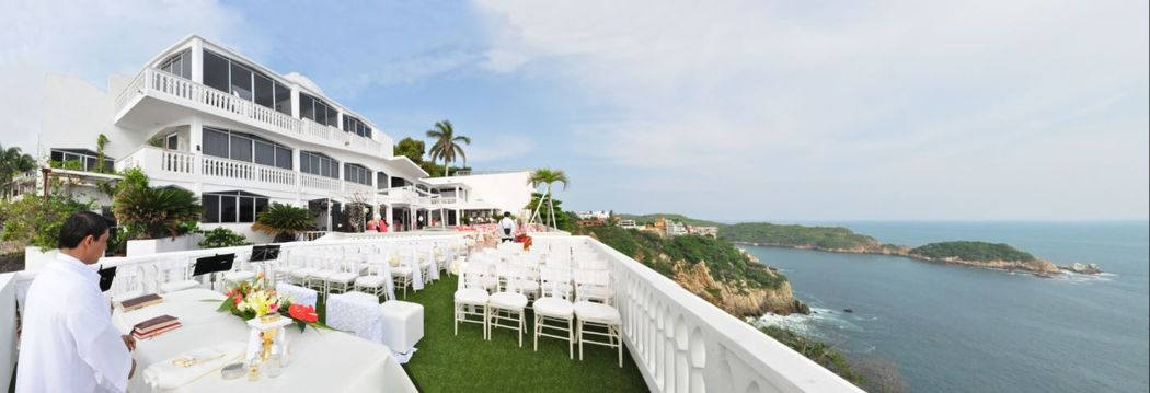 Nuestras instalaciones, Residencia Iturburu con zona privada para boda religiosa u civil.