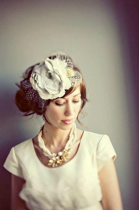 Beispiel: Wunderschöne Brautfrisuren, Foto: K-Styling.