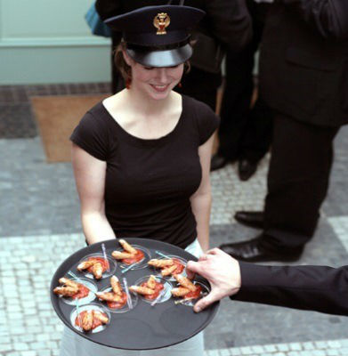 Beispiel: Zuvorkommender Service, Foto: München Catering.