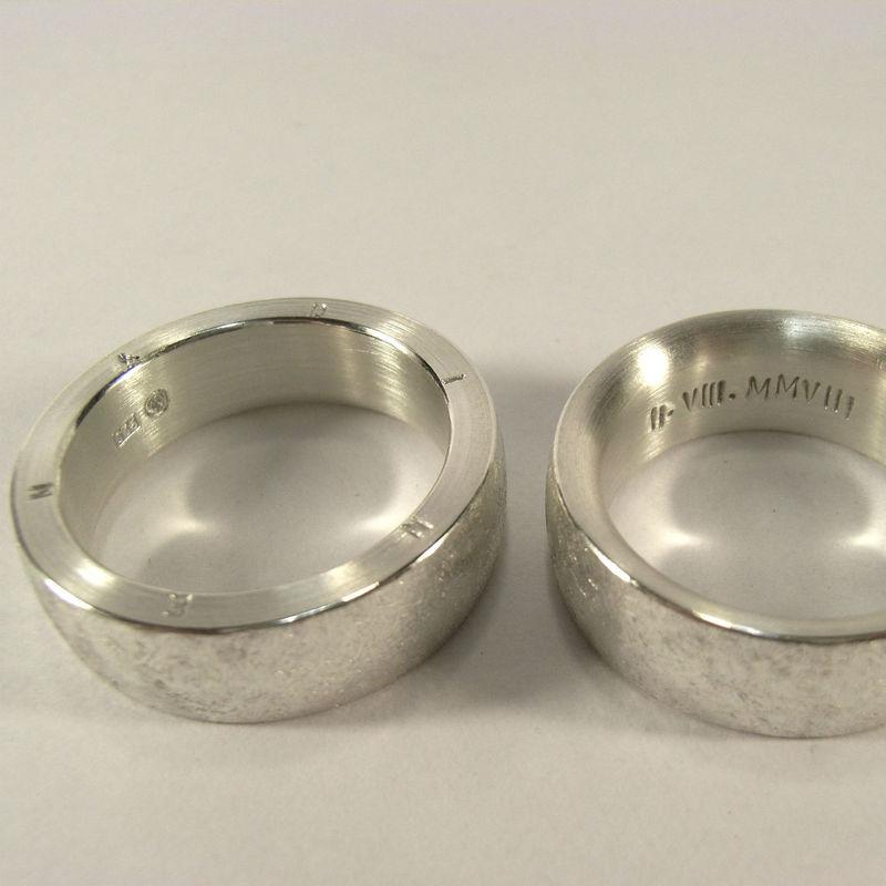 Beispiel: Trauringe - Silber, Foto: REINMETALL – Schmuck und Objekt.