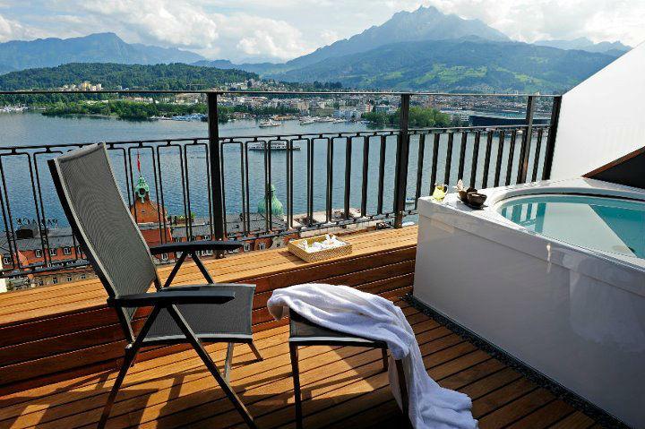 Beispiel: Terrasse des Hotelzimmers, Foto: Art Deco Hotel Montana.