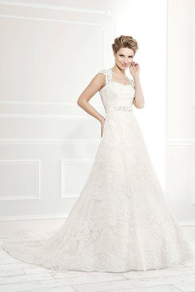 Beispiel: Hochzeitskleider, Foto: Mery's Couture Aarau.