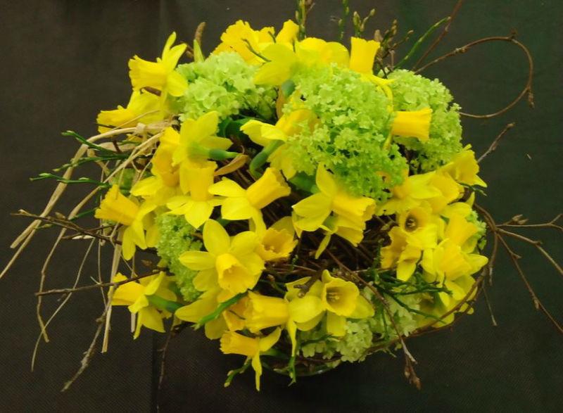 Beispiel: Narzissenstrauß, Foto: Jentsch Blumen.