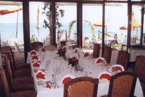 Beispiel: Hochzeitstafel, Foto: Malerwinkel.