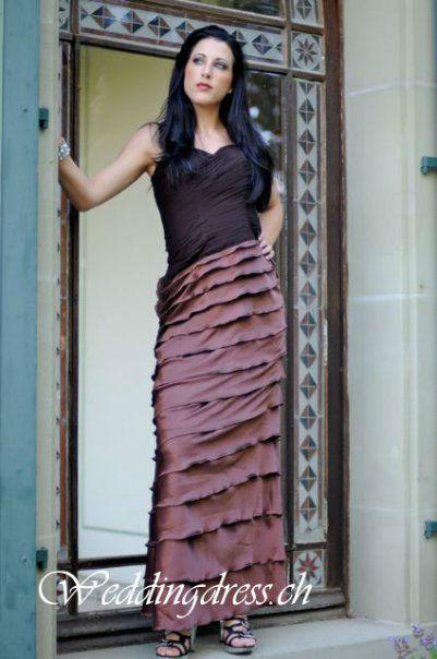 Beispiel: Abendkleider die begeistern, Foto: Weddingdress.ch.