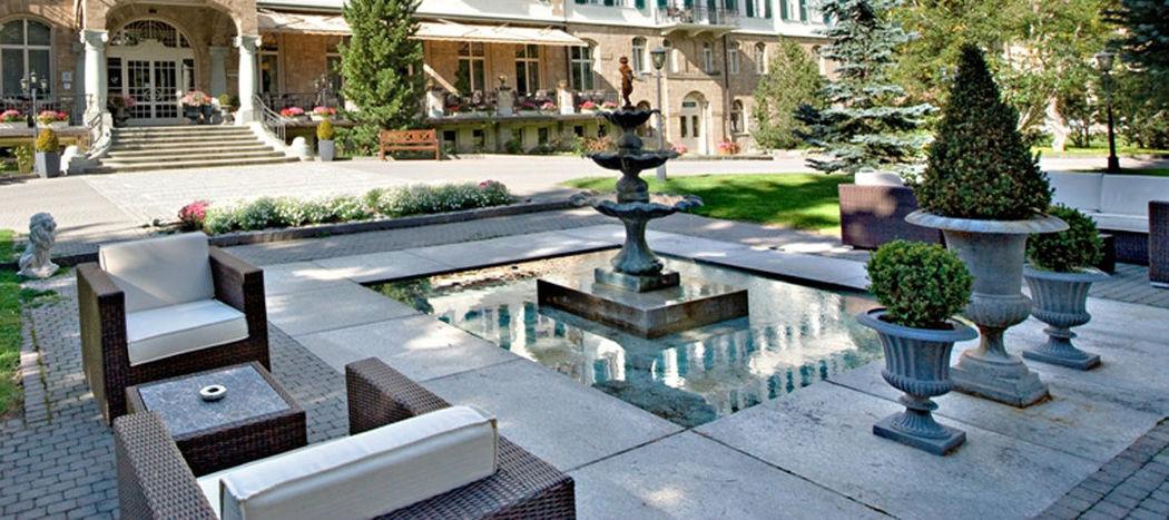 Beispiel: Terrasse und Garten, Foto: Cresta Palace.