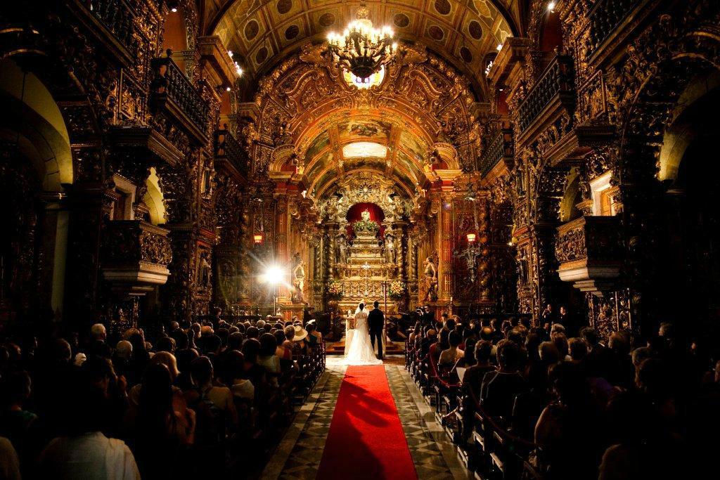 Vanessa Aune Cerimonial. Mosteiro de São Bento Casamento na Igreja