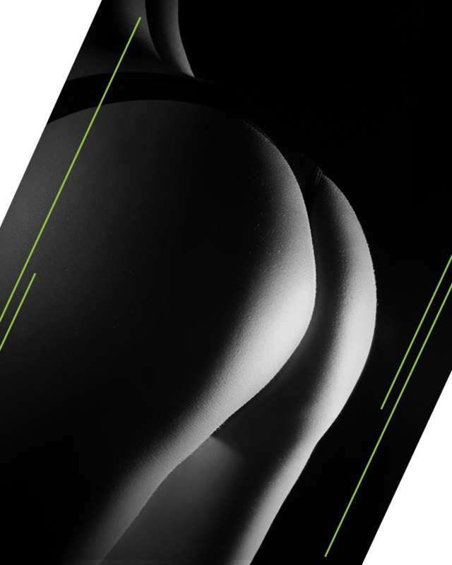 Los glúteos siempre deben complementar el cuerpo de la mujer, ya sea completo y voluminoso o pequeño pero definido. Los Glúteos ONEWORKOUT del Dr. Hoyos, considera el contorno general del cuerpo y da importancia a las zonas vecinas a los glúteos para realzarlo y por esto utiliza la transferencia de grasa en lugar de utilizar implantes.