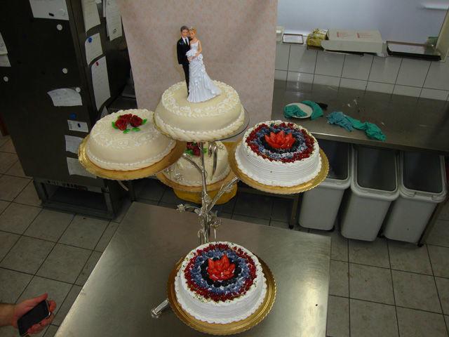 Beispiel: Hochzeitstorte, Foto: La Vela Bar Caffè.
