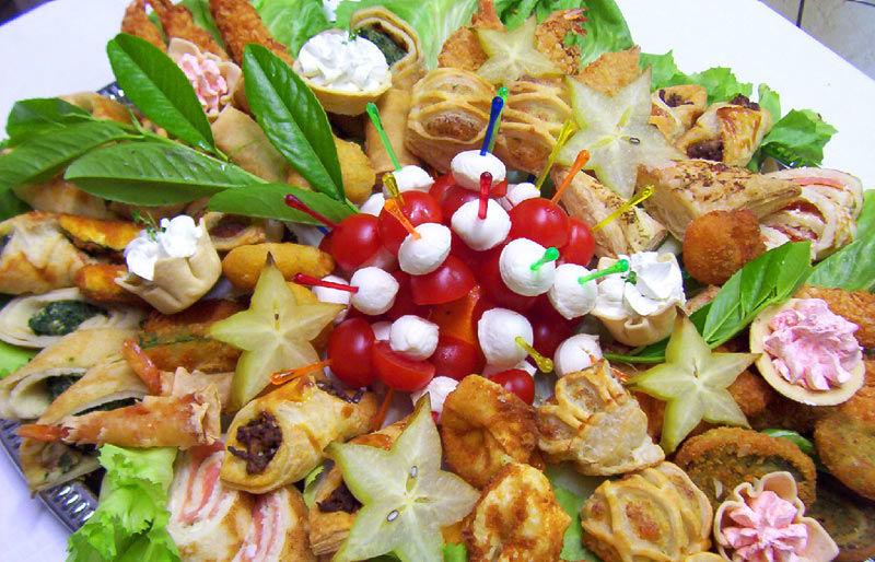 Beispiel: Italienische Küche, Foto: 1. Italienischer Partyservice.