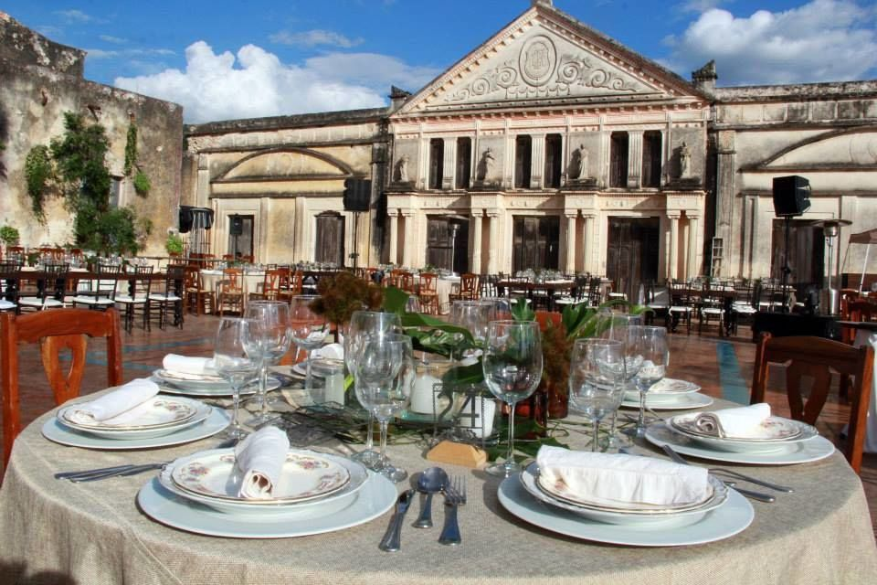 Tu y tus invitados pueden disfrutar de una fachada llena de historia