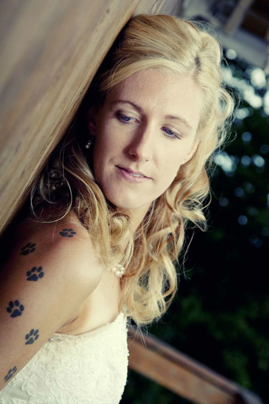 Beispiel: Die perfekte Frisur für die Braut mit Stil, Foto: Cut & Shoot.