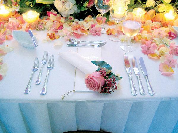 Beispiel: Wunderschöne Tischdekoration, Foto: Kursalon Wien.