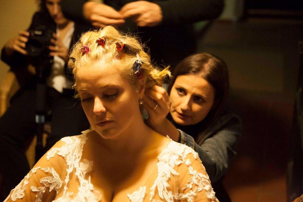 Cambio de vestido, Cambio de peinado,!! Nos quedamos en tu boda para dejarte Maravillosa !!