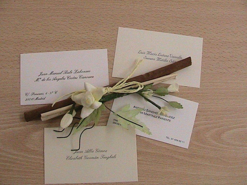 PROMOCIÓN ESPECIAL Os regalamos las tarjetas de visita al encargar vuestras invitaciones de boda. Son de gran utilidad, cuando envías unas flores, un regalo ... Un bonito detalle.